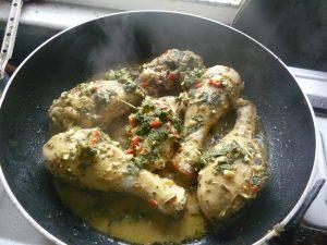 دجاج متبل علي النار www.fatakat-a.com80436