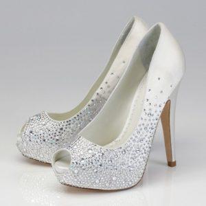 احذية زفاف مطرزة لسنة 2016 من متاجر تركية