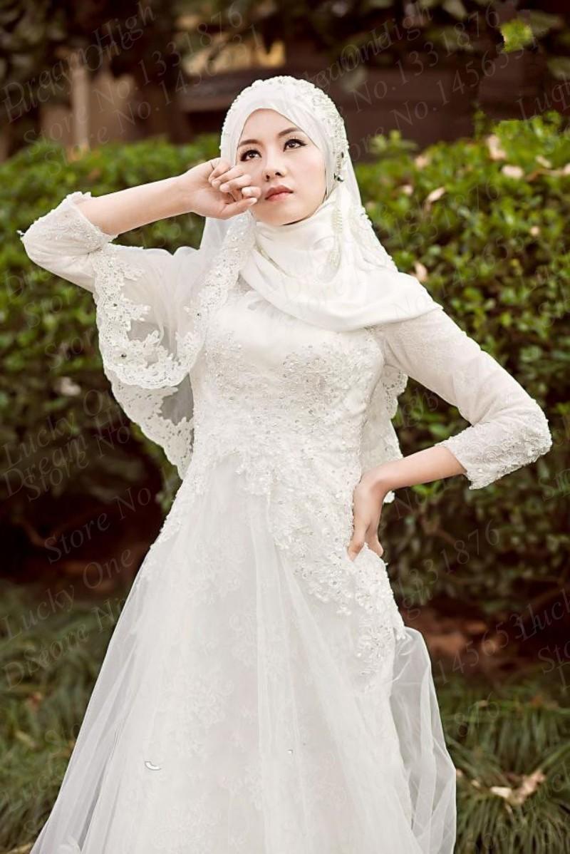 876378fe0 فساتين زفاف اسلامية موضة 2016