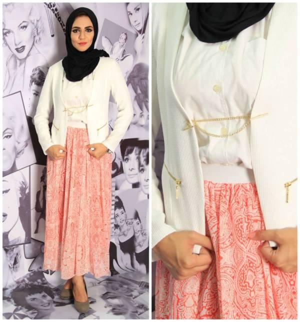 1dd0ff934b495 ملابس محجبات صيفية كاجوال تتكون من بلورو اوف وايت فاتح مع تنورة طويلة  موديلات مصرية لعام