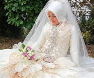 cb461a985 فساتين زفاف تركية