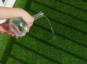 كيفية تنظيف العشب الصناعي - منتدي فتكات