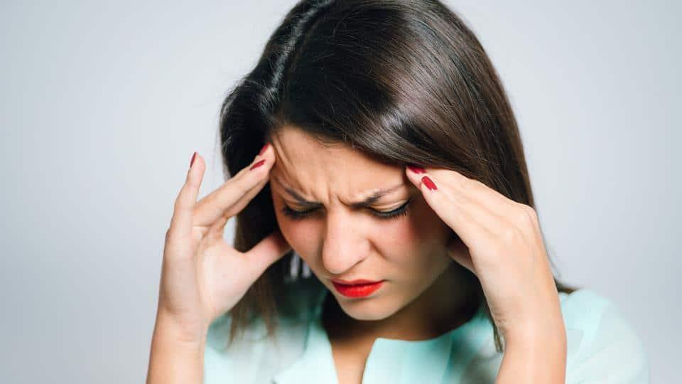 خمس أسباب تسبب الصداع يوميا