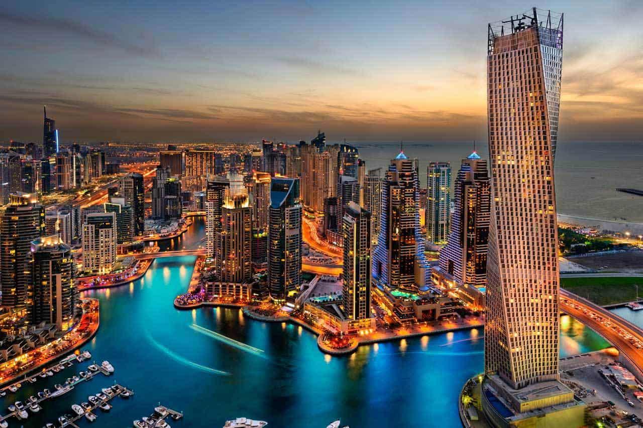 أبرز المعالم الفريدة التي تجذب السياح إلي مدينة دبي