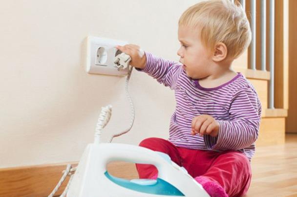 مخاطر الكهرباء