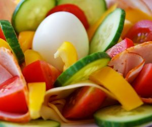 كيف تتبع نظام غذائي سليم و مفيد لك و لاسرتك ؟
