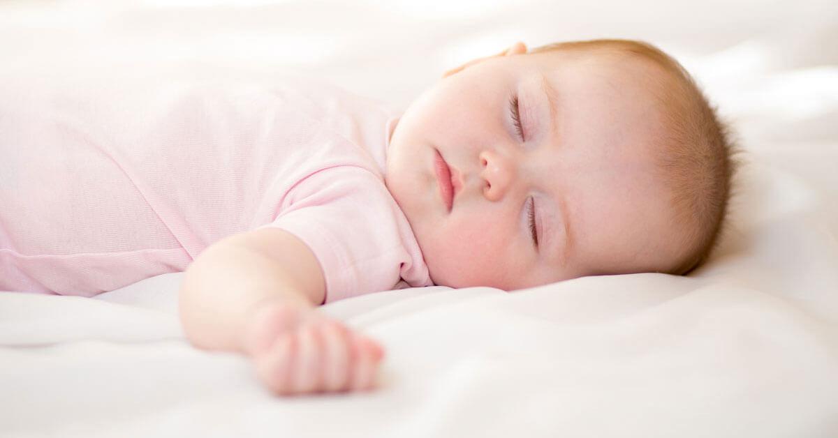 طريقة تنويم الرضيع بطريقة مريحة
