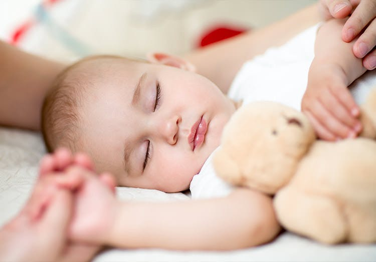 شروط السلامة للطفل داخل المنزل