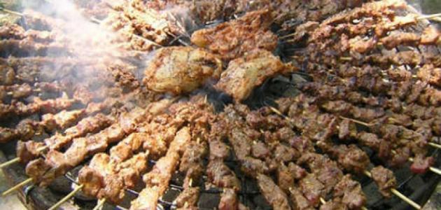 طريقة شوي لحمة الخروف على الفحم