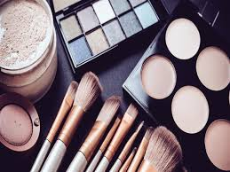 بيع مستحضرات التجميل في الإمارات