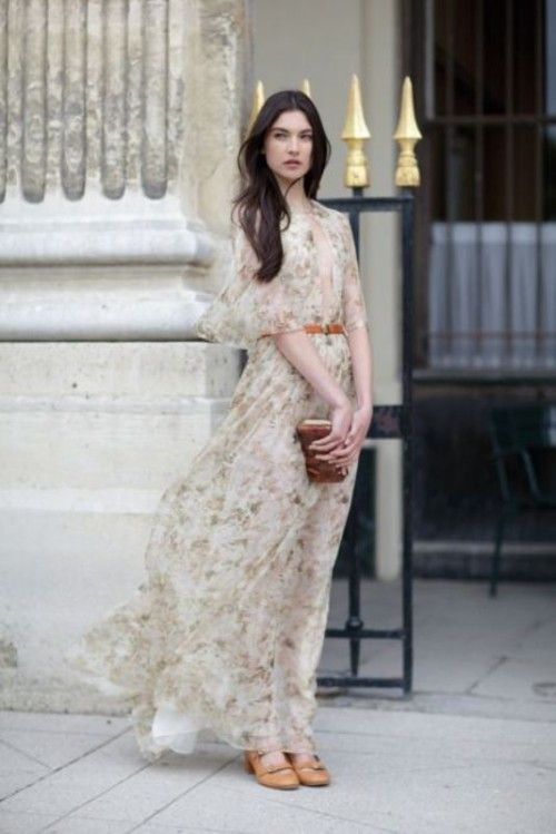 23-amazing-spring-wedding-guest-outfit-ideas-15-500x749