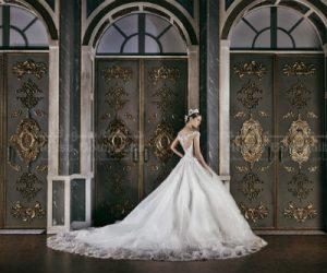 دليل فتكات لتأجير فساتين الزفاف