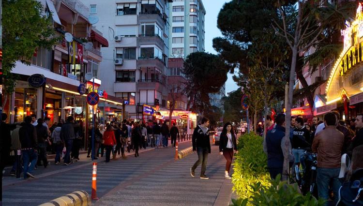 دليل شارع بغداد فى اسطنبول بتركيا