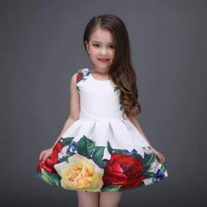 دليل فتكات لأحدث صيحات الموضة لفساتين الصبايا