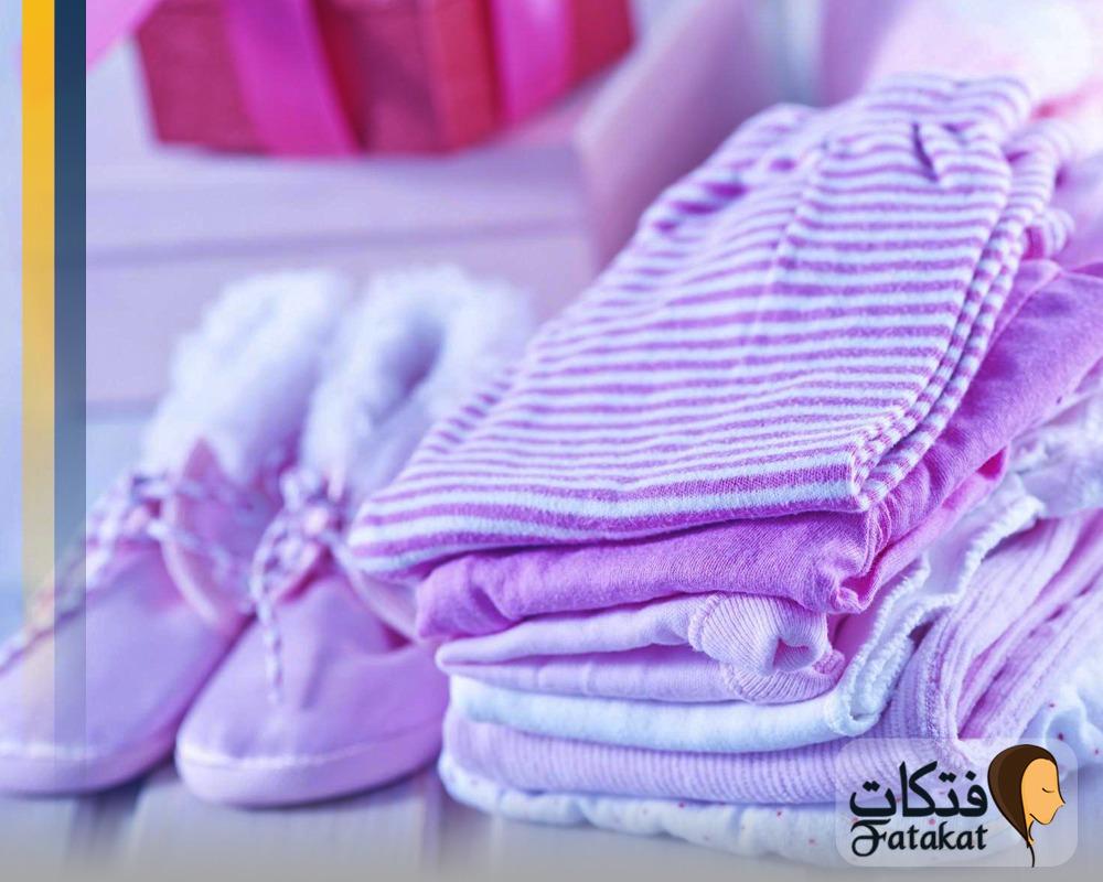 قائمة بمستلزمات التسوق للمواليد البنات