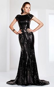 Black-Dress-Evening-Wear-Clothing-Brand-Reviews-6