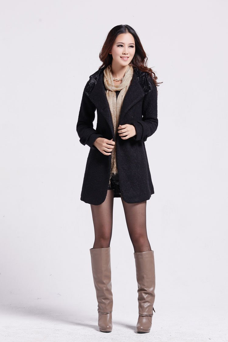 Free-shipping-wool-coat-Women-charming-outerwear-outdoor-hooded-jacket-trench-coat-2012-fashion-winter-warm
