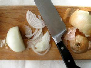 Tips-para-cortar-cebollas-y-no-llorar