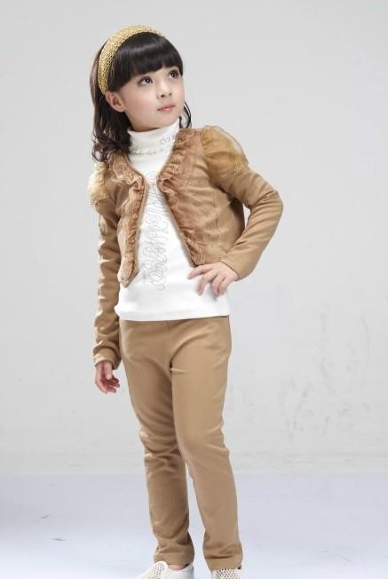 ملابس للبنوتات فى فصل الشتاء 2018 , ملابس للبنات الصغار 2018 almstba.co_137228979