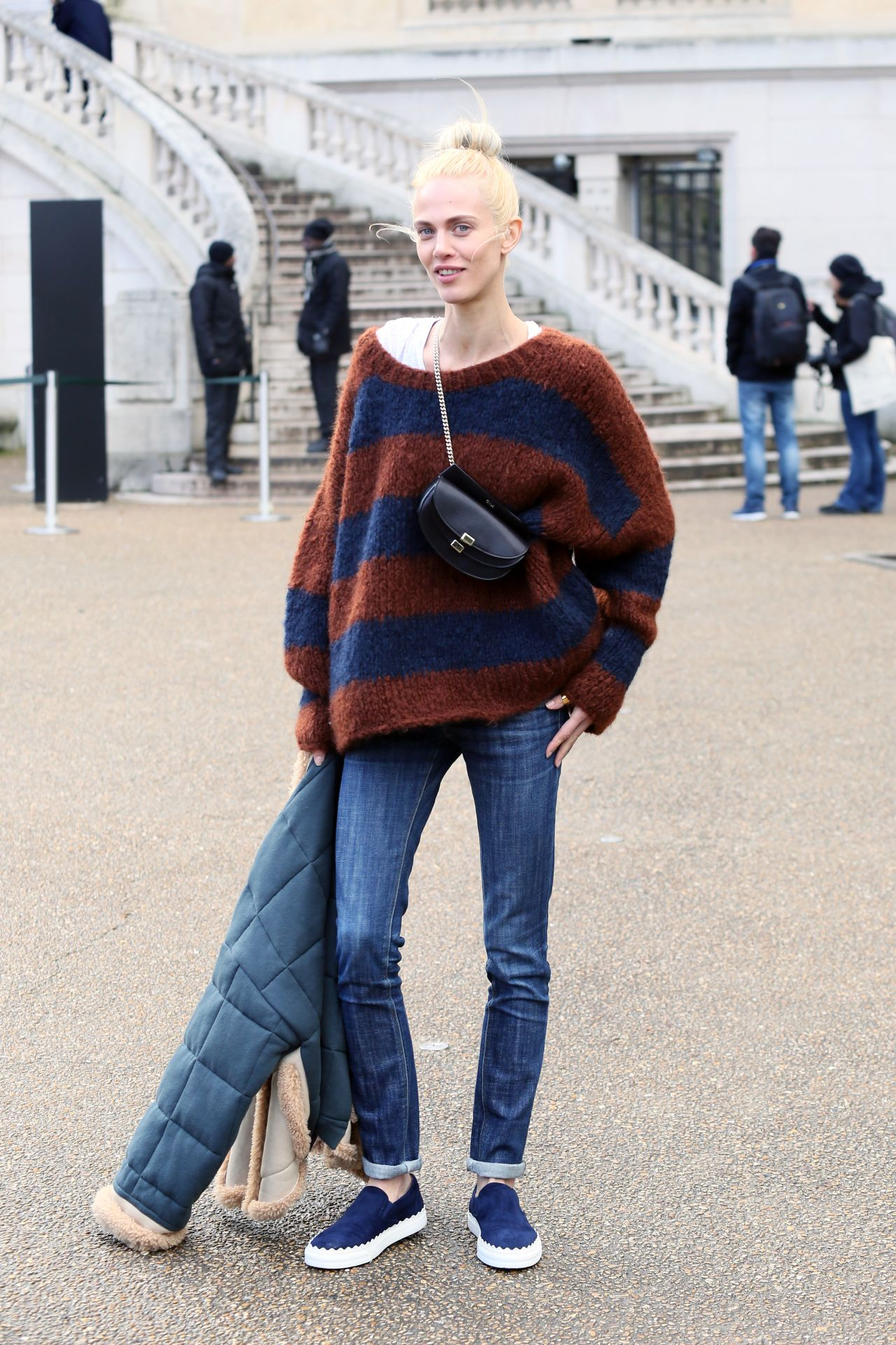 aymeline-valade-at-chloe-show-paris-fashion-week-womenswear-fall-winter-2016-2017-4