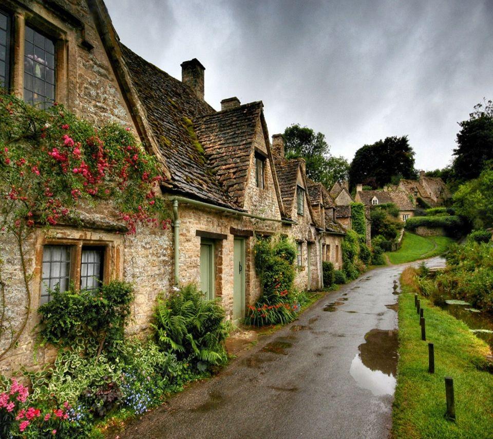 بعض الأماكن المفضلة في بريطانيا في فصل الصيف