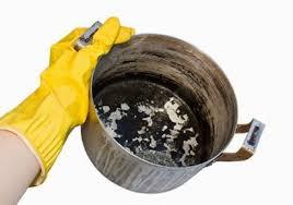 تنظيف الأواني المعدنية
