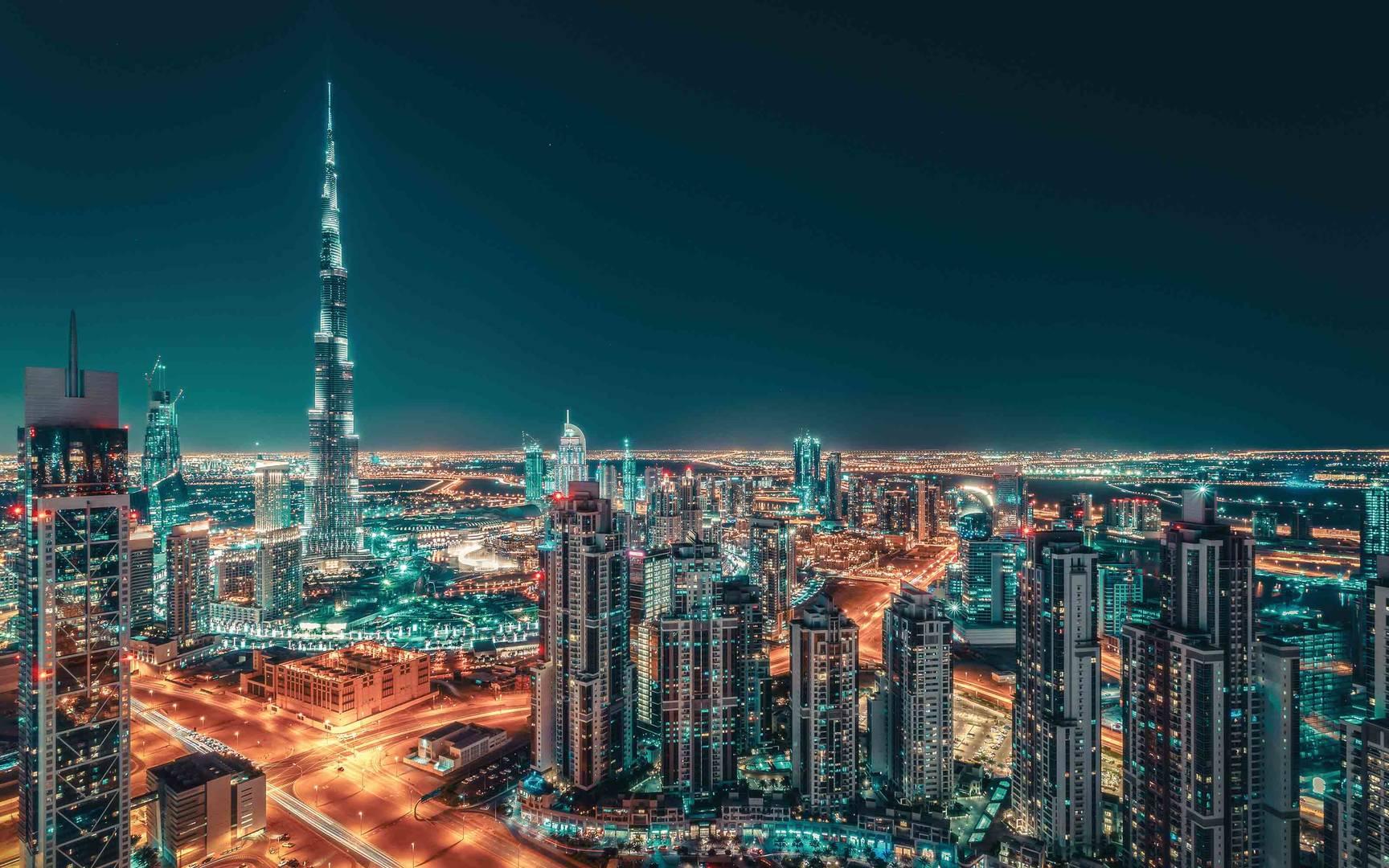 لماذا عليك زيارة 10 اماكن هامة في دبي
