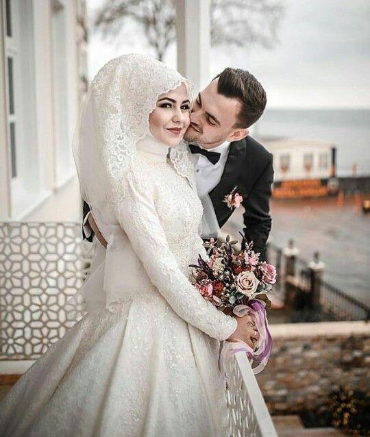 فساتين زفاف محجبات تصميمات كلاسيك وجديدة 2018