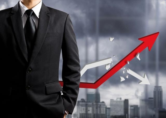 العوامل الأساسية في نجاح أي شركة بالعالم