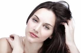 أفضل طرق للتخلص من قشرة الشعر