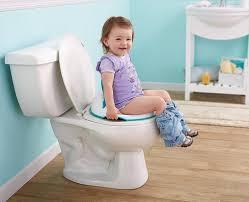 كيف يعبر الطفل عن حاجته الذهاب إلى دورات المياه