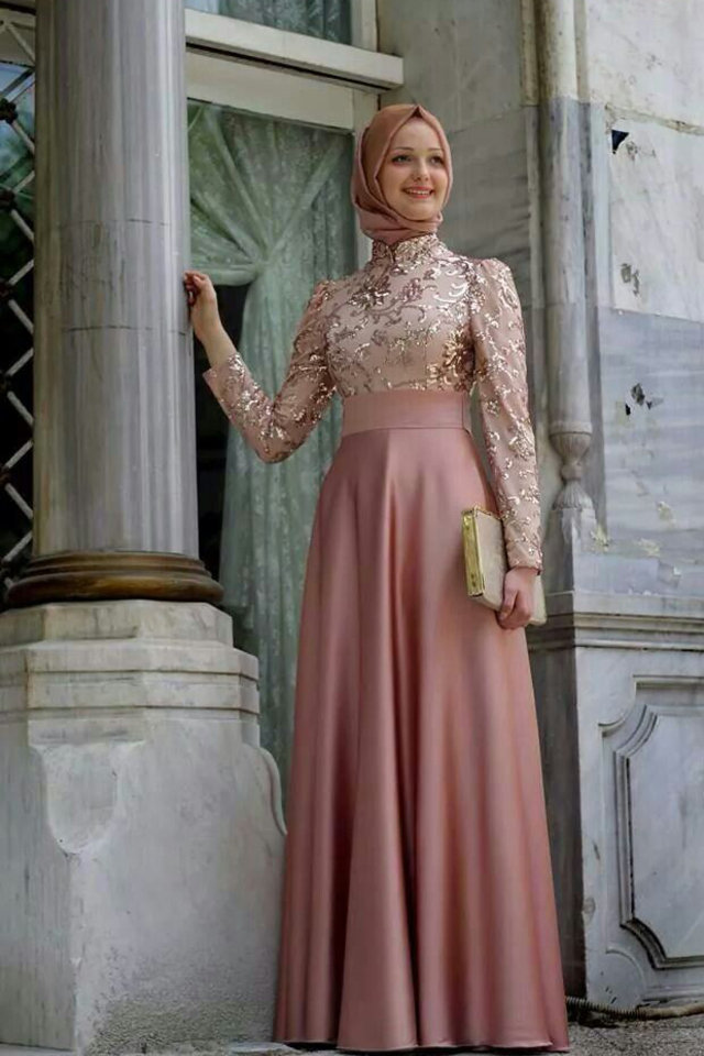 large_hijab-engagement-dress-fashion-fustany14