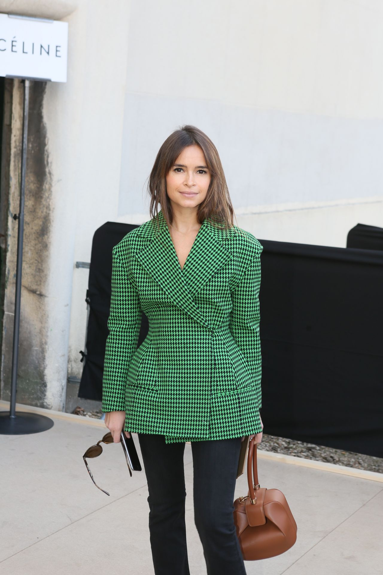miroslava-duma-at-celine-fashion-show-fall-winter-2016-2017-in-paris-3-6-2016-3