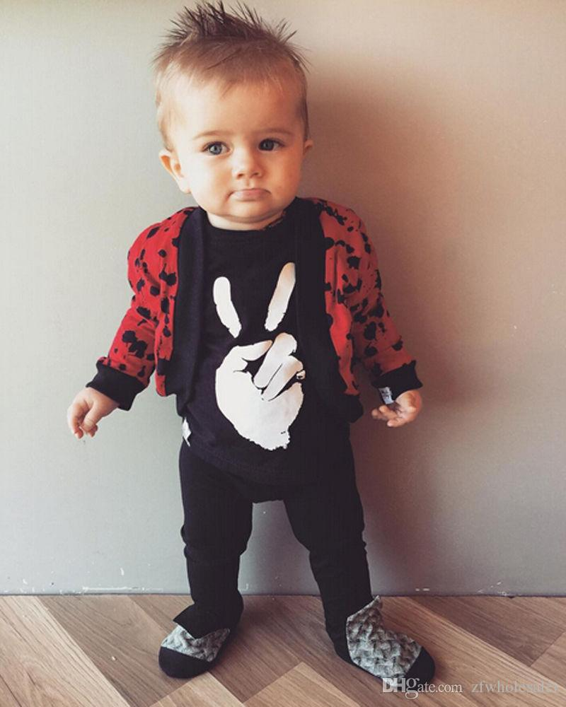 ملابس الأطفال الرضع في فصل الخريف 2020