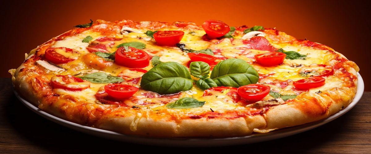 البيتزا الايطالية كما يصنعها الايطاليون