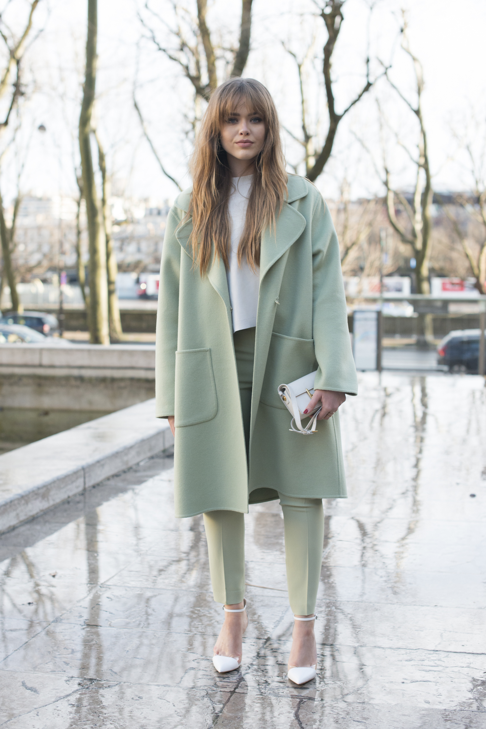 PARIS, FRANCE - MARCH 2: Fashion blogger Kristina Bazan wears Zara shoes, Rochas jacket, trousers and bag on day 2 during Paris Fashion Week Autumn/Winter 2016/17 on March 2, 2016 in Paris, France. (Photo by Kirstin Sinclair/Getty Images)*** Local Caption *** Kristina Bazan