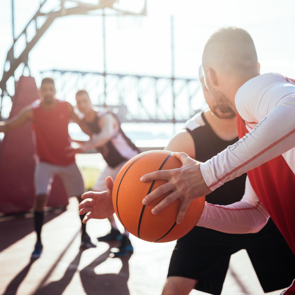 المهارات الأساسية لكرة السلة