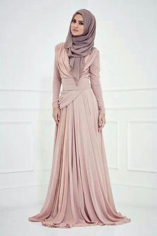 small_hijab-engagement-dress-fashion-fustany13