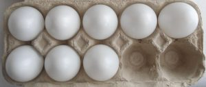 8 بيضات لعمل البيض بالسلمون