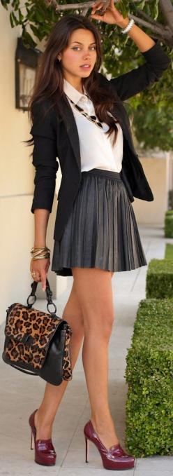 women-should-return-to-this-style-full-skirt-high-heels-and-tight-sweater-top-classy-and-sexy-schoolgirl-leather-skirts-street-style-short-skirts-workoutfit-fashion-blog-work-outfit-pleated-skirts