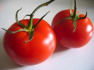 عدد حبوب طماطم حمراء