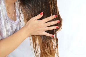 www.fatakat-a.com ماسك للوجه و الشعر بعد الولادة3-masques-beauté-au-miel-cheveux