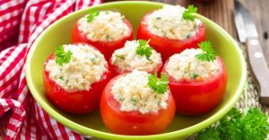 www.fatakat-a.com 1_tomates_farcies_fromage_frais_menthe