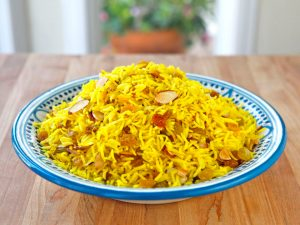 www.fatakat-a.com oClaudia-Rodens-Saffron-Rice-1
