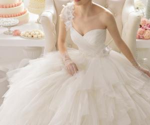 احدث فساتين زفاف موضة 2015
